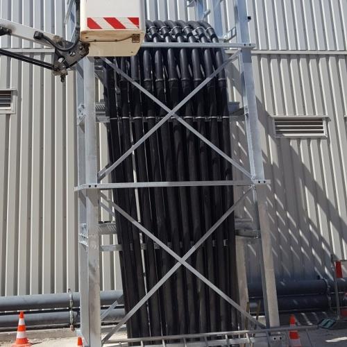 91198-201209-Kabelschutzrohrtrasse-Datacenter-der-Firma-Equinix-Kabel1